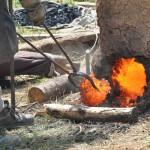 Das Eisen für den Klöppel stammt aus unseren Rennöfen.