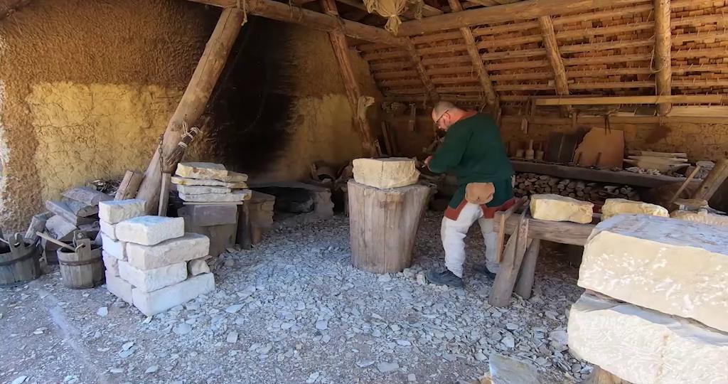 Video: Steine für das Abts-Nebenhaus